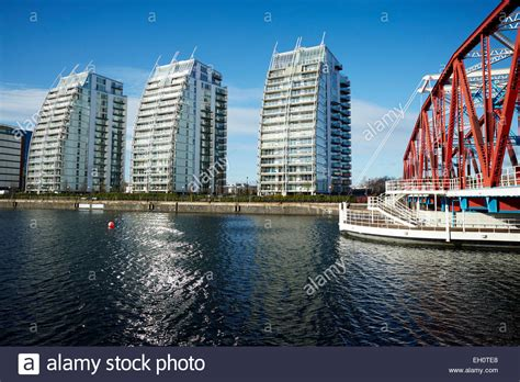 Lowry Outlet Mall at Media City Salford Quays Gtr